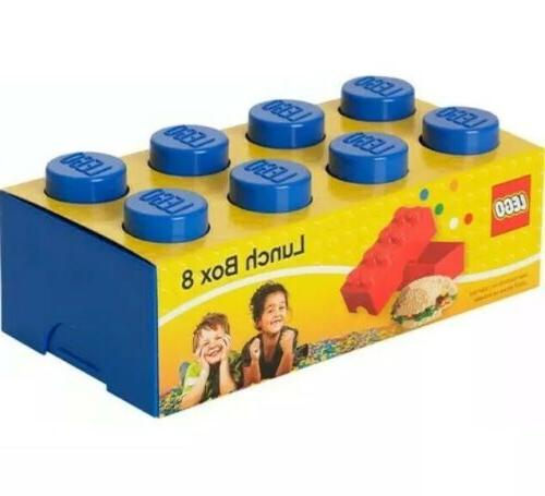 lego lunch box with 8 knobs in